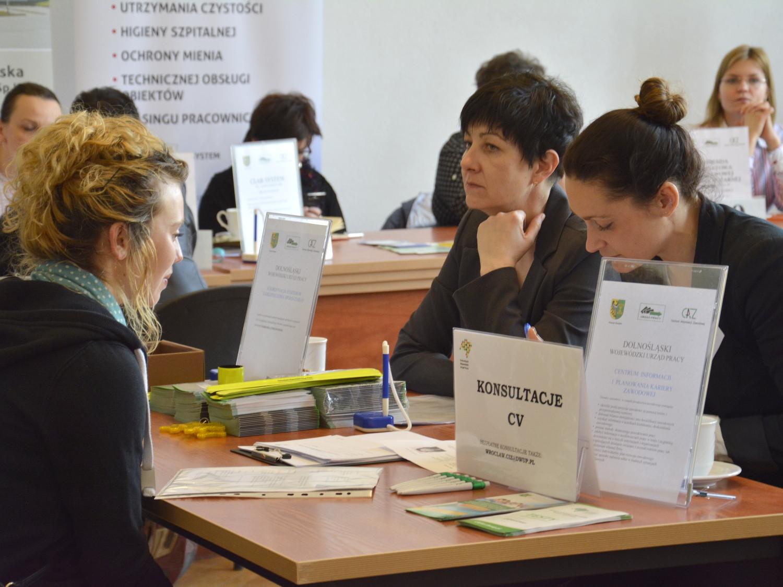 Ilustracja do informacji: Wiosenne targi pracy