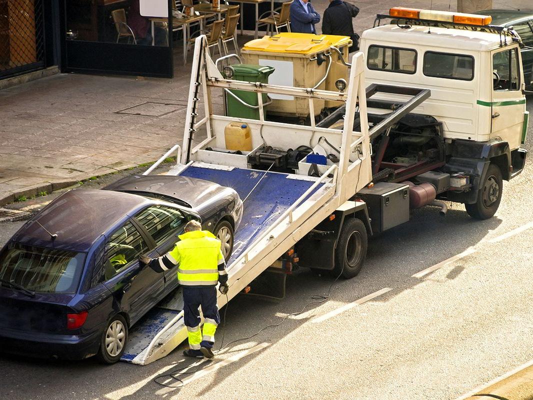 Ilustracja do informacji: Masz zakład samochodowy i lawety?